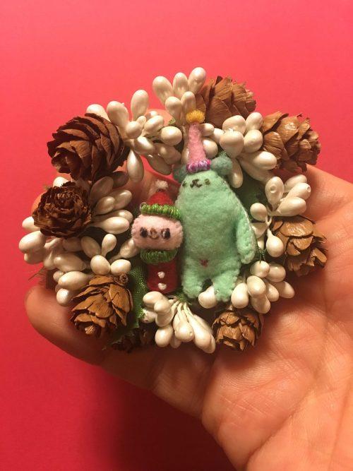 『サンタチムニーとへそグマ(へそブタ)のクリスマスリースを作ろう』 講師:フジタサンプル